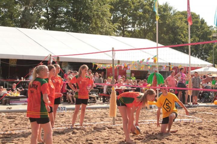 Beachvollebal toernooi uitverkocht